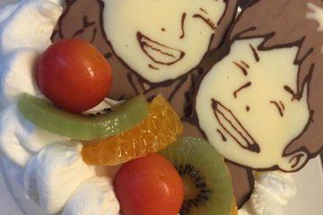聖なる夜にカップルで似顔絵ケーキ