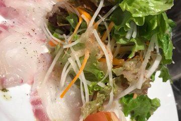 鯛のカルパッチョのサラダ仕立て