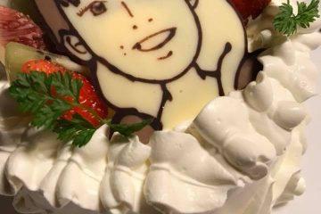 お誕生日似顔絵ケーキ