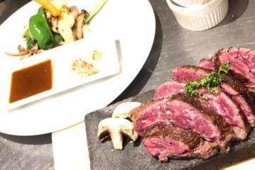 大人気!!牛サガリのステーキの岩石焼き